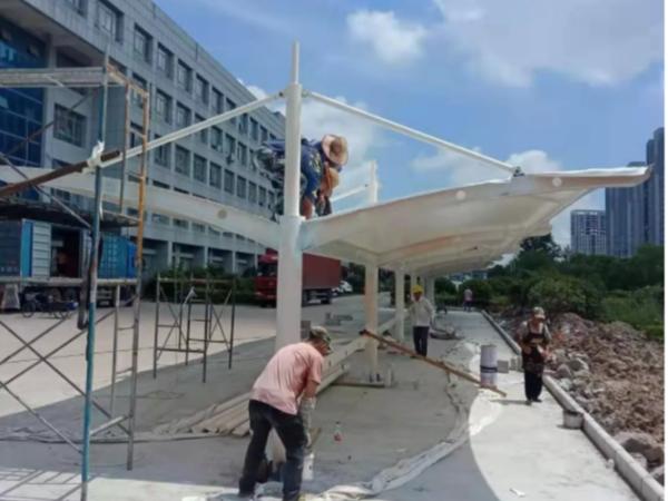 盐城亭湖区都市工业园—双挑式自行车棚