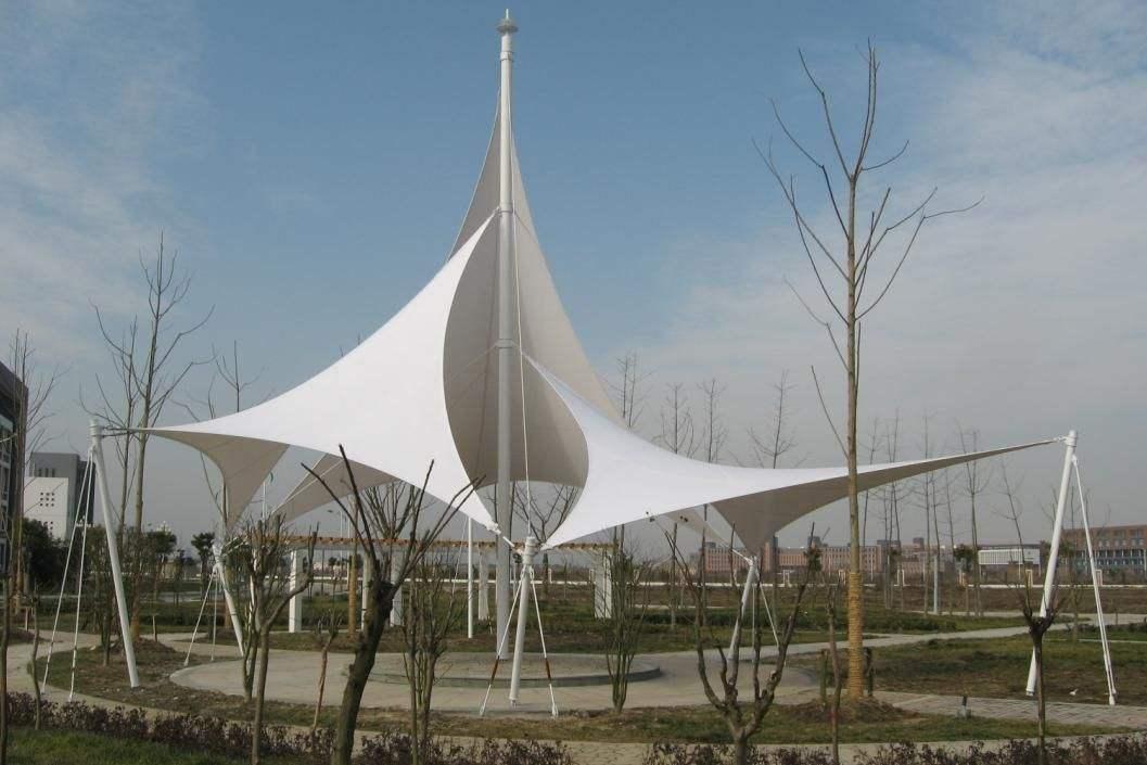 开敞型硬边界膜结构建筑