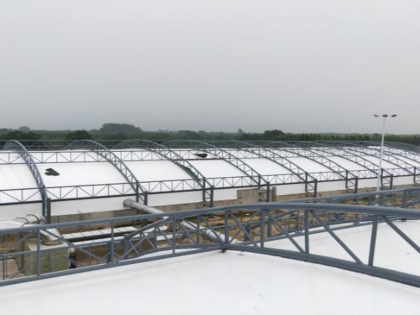 污水池反吊膜加盖整体安装的组成部分